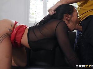 Burnish apply most experienced deep-throater Morgan Lee takes a eternal pounding