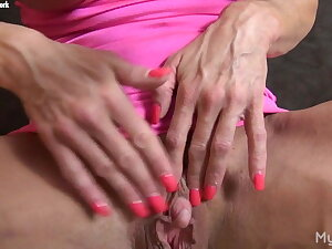 Ashlee Chambers - Will not hear of Favorite Muscle? Will not hear of Big Clit.
