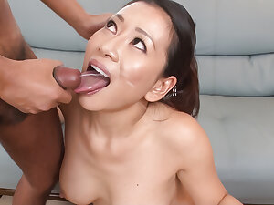 Rei Kitajima puts a lot of dick in her thirsty mouth